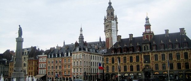 """Jielbeaumadier grand place lille 2008"" by Jiel Beaumadier (http://jiel.b.free.fr) - Own work. Licensed under Creative Commons Attribution-Share Alike 3.0 via Wikimedia Commons"